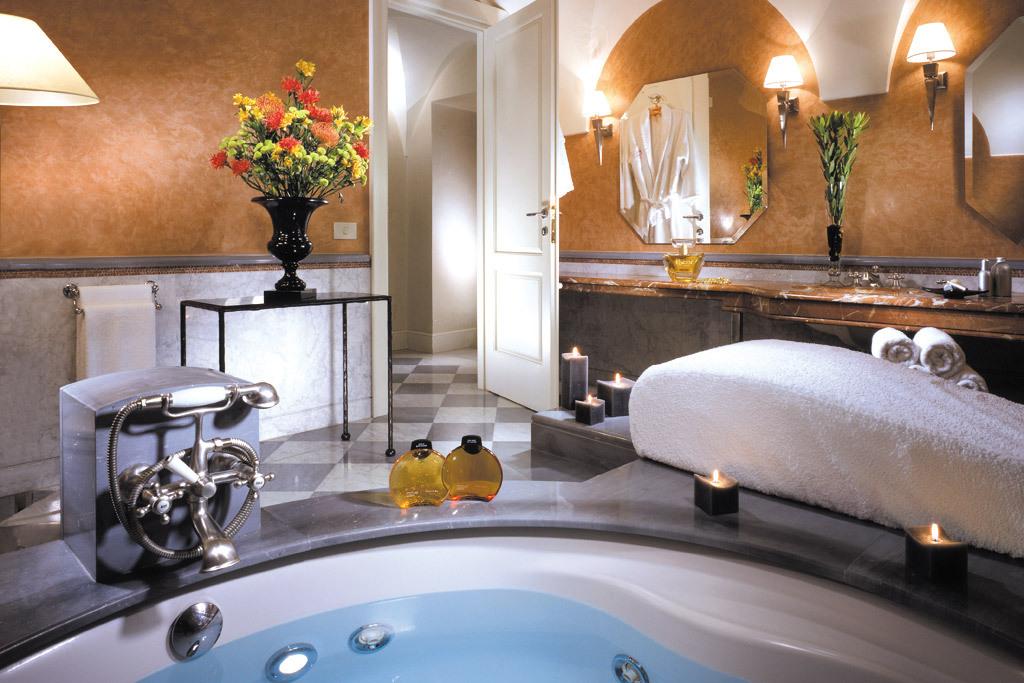 Hotel 5 stelle roma galleria fotografica del grand hotel for Suite bagno di lusso